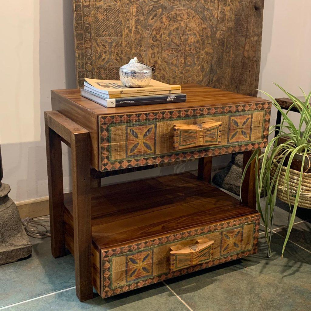 End Table Najdi Door Design