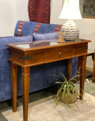 Window Panel Console Table